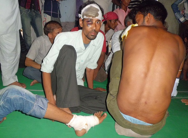 people wounded in police attack in Tonk mosque