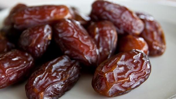 muslim dates fruit