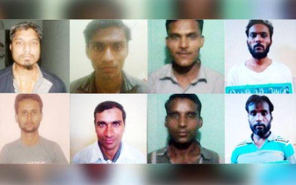 SIMI terrorists, Sheikh Mujeeb, Majid Khalid, Akeel, Khilchi, Zakir Salikh, Mehboob and Amjad are killed in police attack in bhopal,