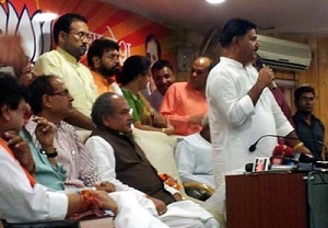 Choudhary Rakesh Singh Chaturvedi, deputy leader of the Congress Legislature Party in Madhya Pradesh, who joined the BJP addressing  Press conference in BJP Headquarters in Bhopal.